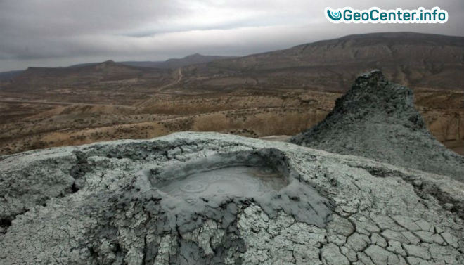 В Азербайджане активизировался грязевой вулкан Кейраки