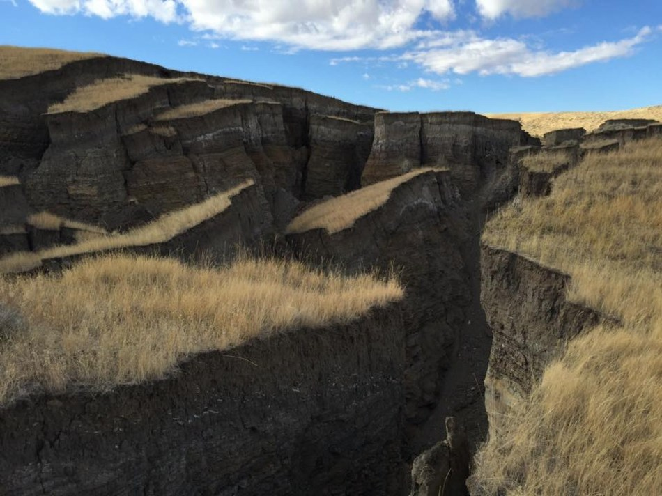 massive crack opens up in yellowstone
