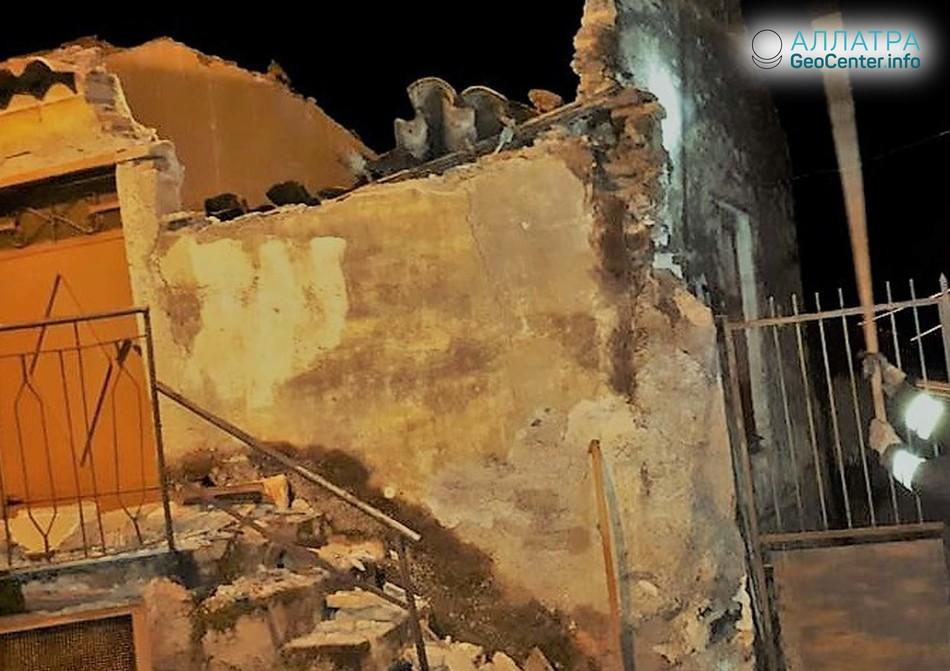 Крупное землетрясение в Италии 6 октября 2018 г.