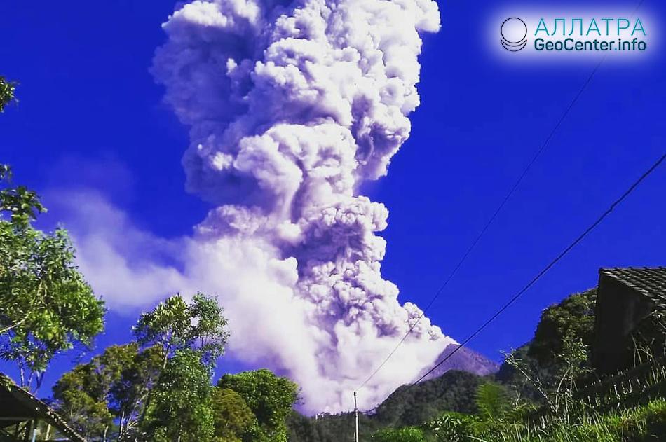 Извержение вулкана Мерапи (Индонезия), май 2018 г.