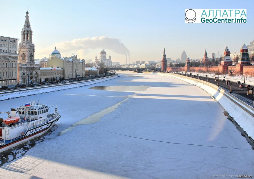 Весна приходит в Москву немного позже, март 2018