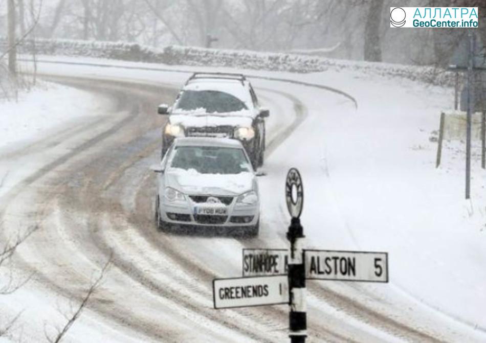 Сложные погодные условия в Великобритании, апрель 2018 г.