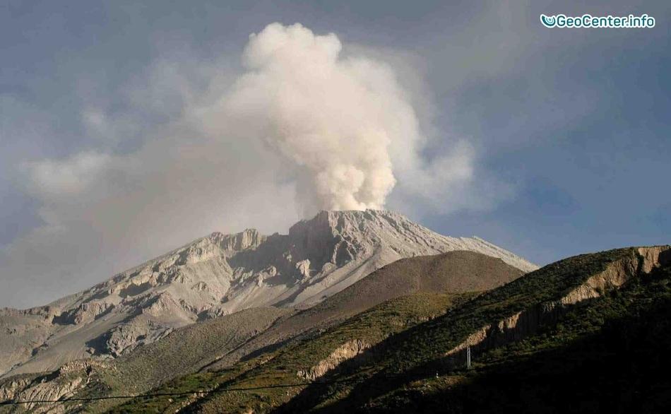 На вулкане Сабанкая произошел взрыв