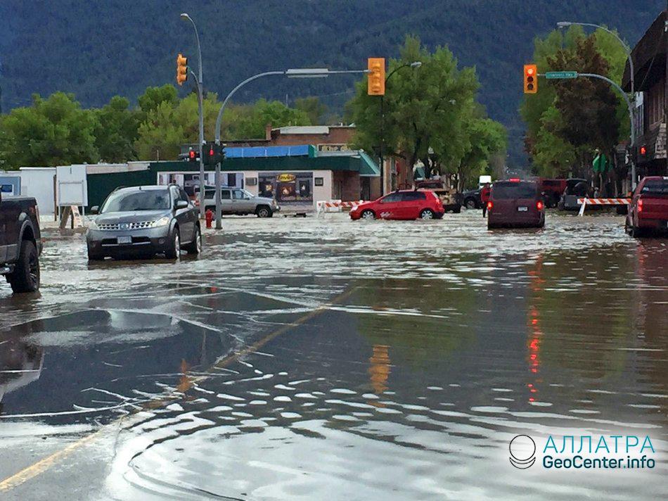 Продолжаются наводнения в Канадской провинции, май 2018 г.