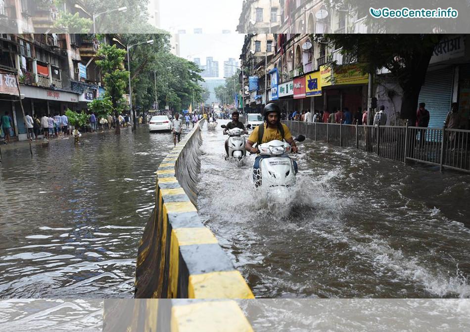 Масштабное наводнение в Мумбай, Индия, 19-20 сентября
