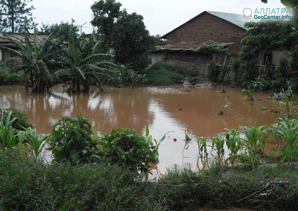 Наводнение в Руанде, Восточная Африка, апрель 2018