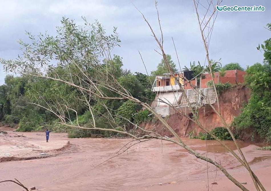 В Боливии сильные дожди вызвали наводнения, январь 2018 г.