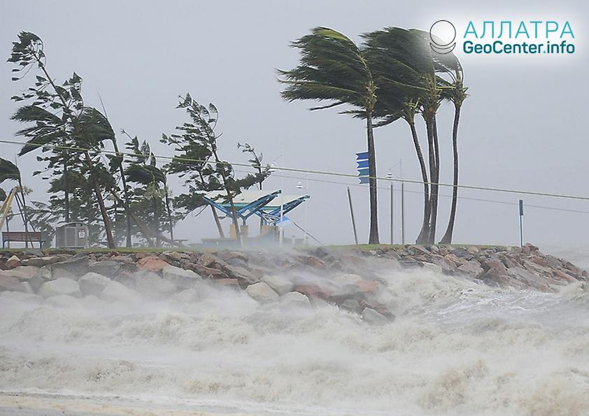Тропические циклоны набирают силу, июнь 2018 г.