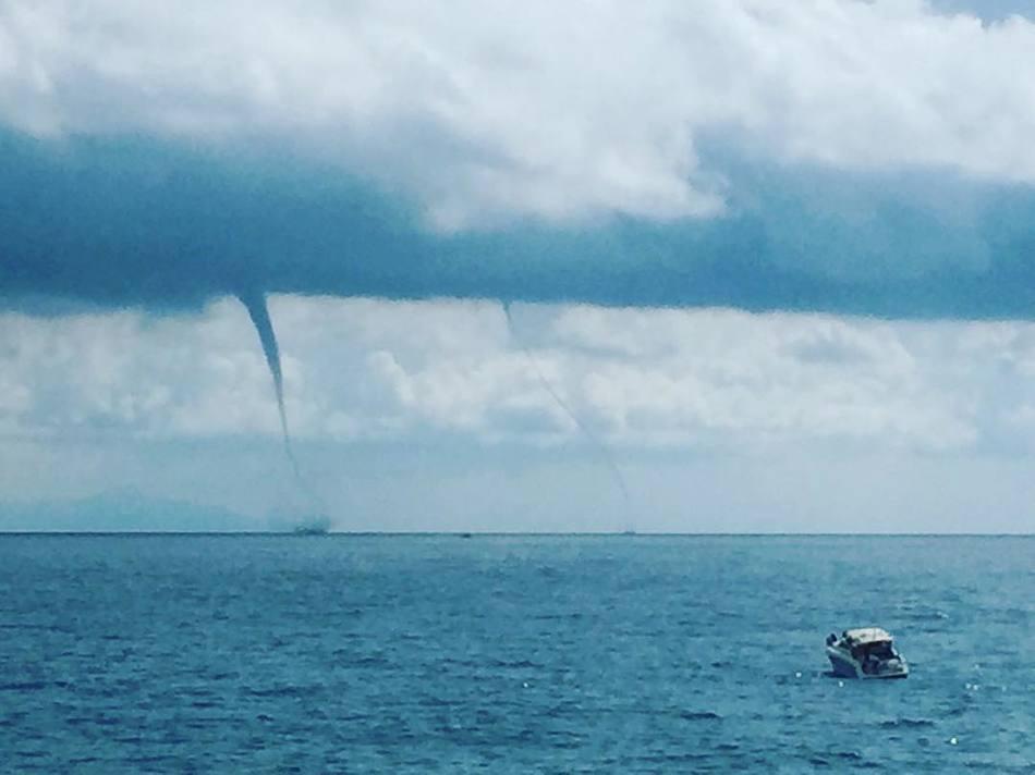 Смерчи у берегов Генуи (Италия), август 2018 г.