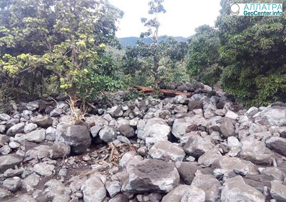 Сход селевого потока на острове Оба, Вануату, апрель 2018 года