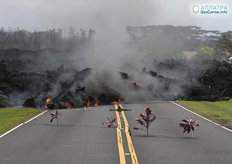 Продолжается извержение вулкана Килауэа на острове Гавайи, США, май 2018