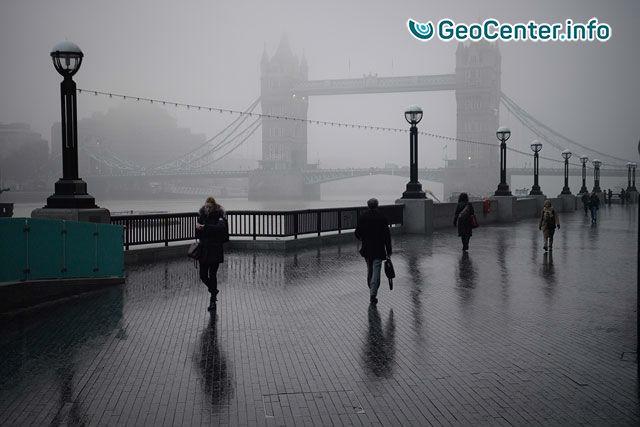 Сильный туман в Англии