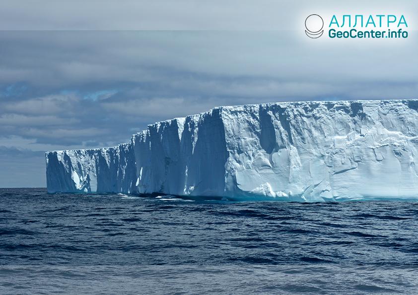 От ледника Пайн-Айленд отделился айсберг, октябрь 2018 г.