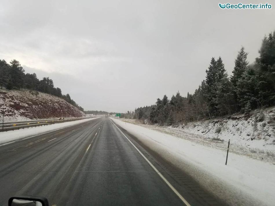 Снег в штате Вайоминг, США, апрель, 2017 года