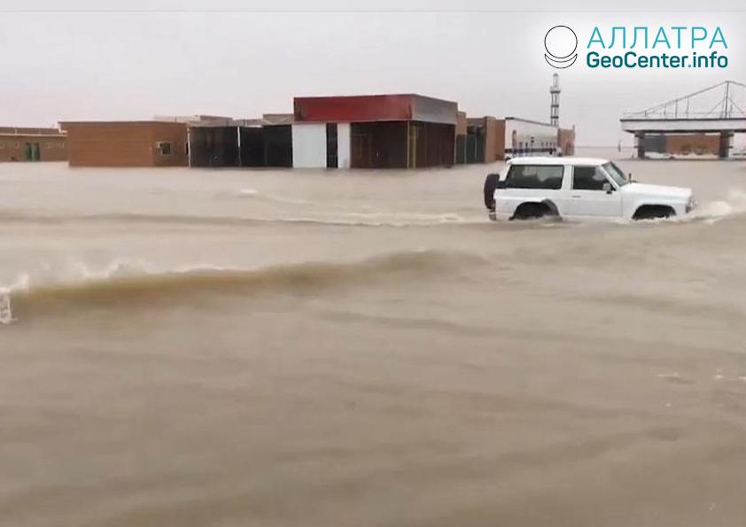Масштабные наводнения в Саудовской Аравии, ноябрь 2018