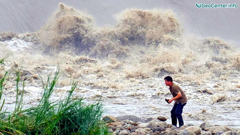 Тайфун «Омаис» обрушился на северо-восток Японии 18 августа 2016