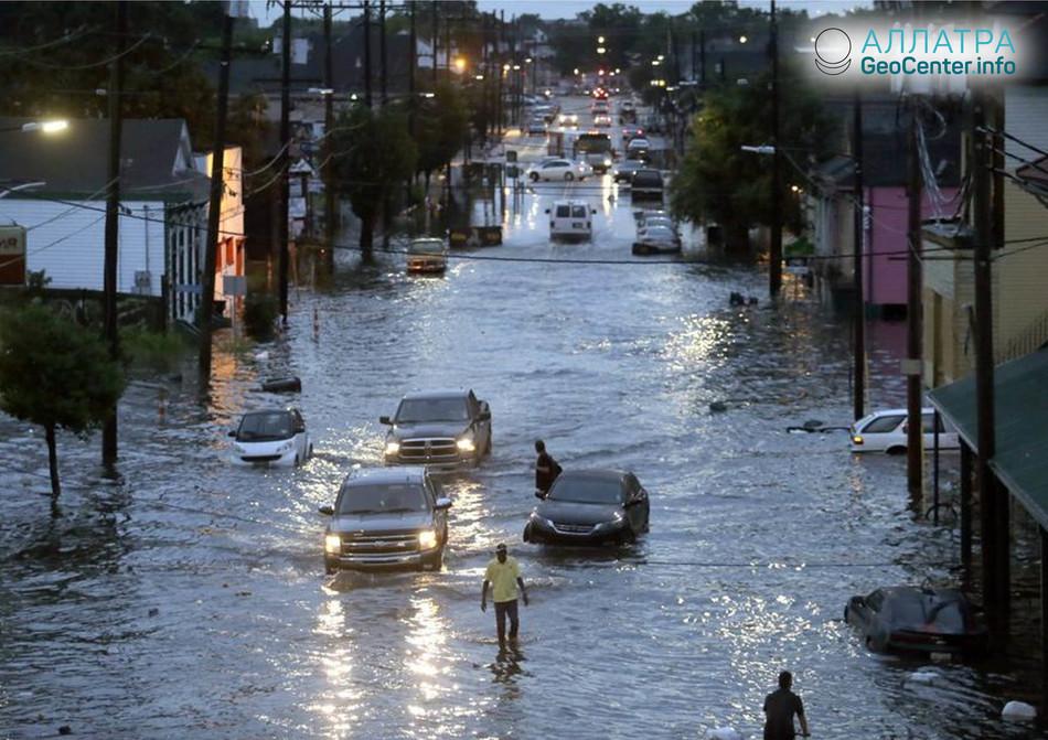 Сильные дожди затопили Новый Орлеан (США), май 2018 г.