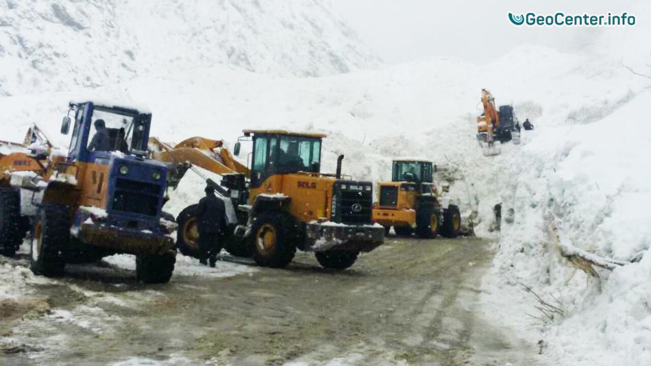 В Таджикистане сошло более 80 снежных лавин за 3 дня
