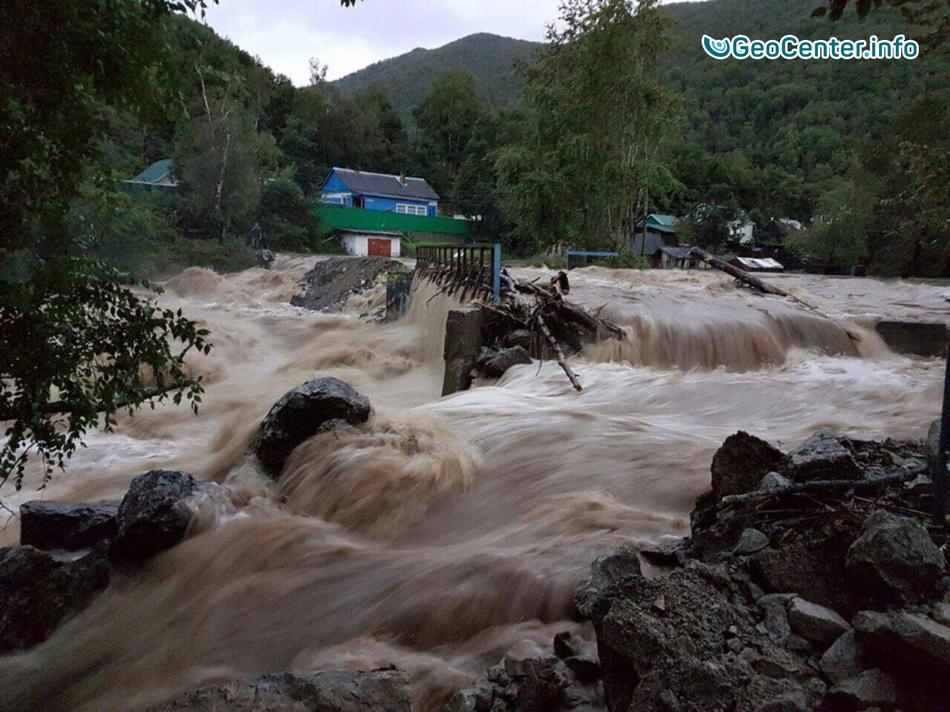 В Приморье объявлено штормовое предупреждение из-за тайфуна «Нам Теун»