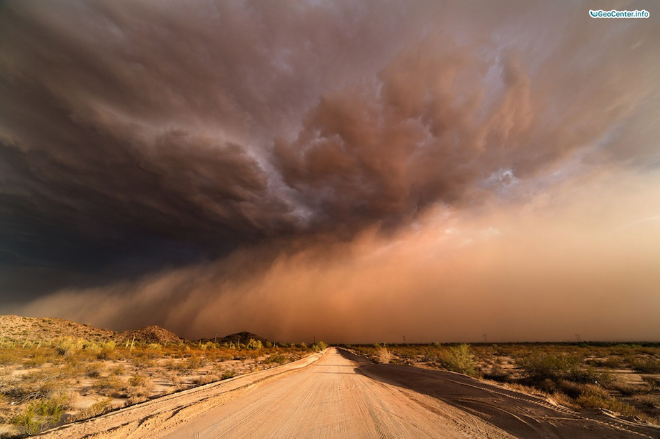 Песчаная буря в Пакистане, июнь 2017 года