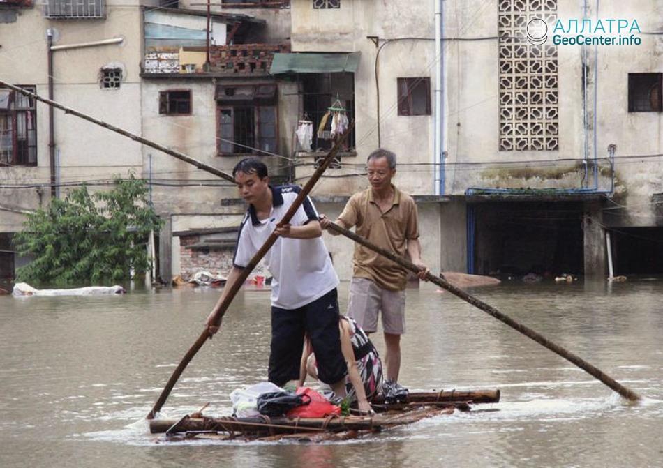 Серия наводнений в Алжире и Сирии, апрель 2018
