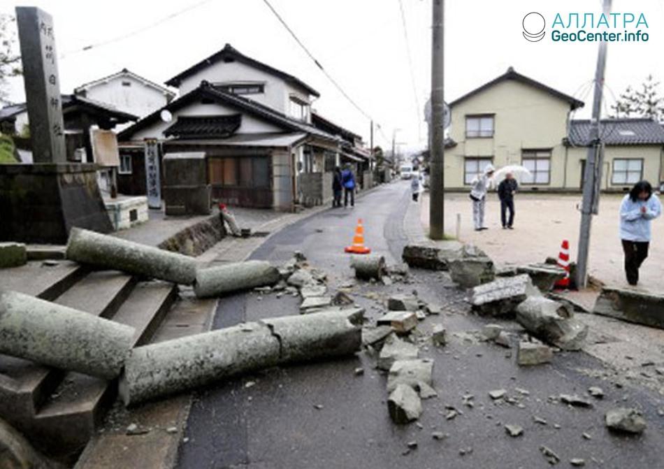 Фото: последствия землетрясения в Японии, 9 апреля  2018 года