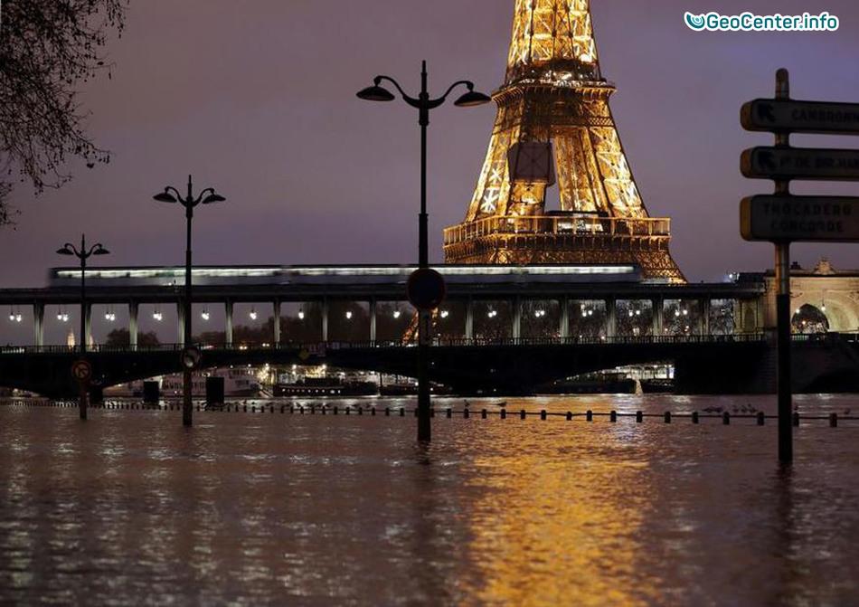 В Париже р. Сена вышла из берегов, январь 2018 г.