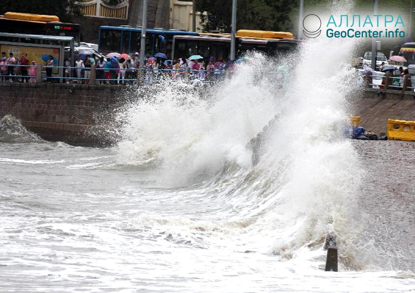 Последствия тайфуна в Китае, август 2018 г.