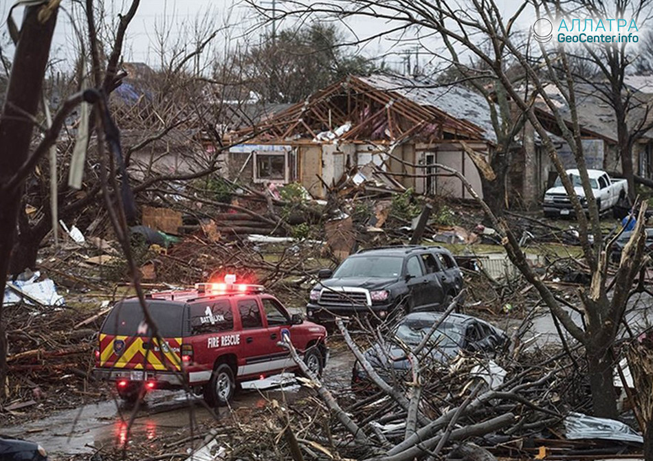 Сильнейшие бури обрушились на США, май 2018 г.