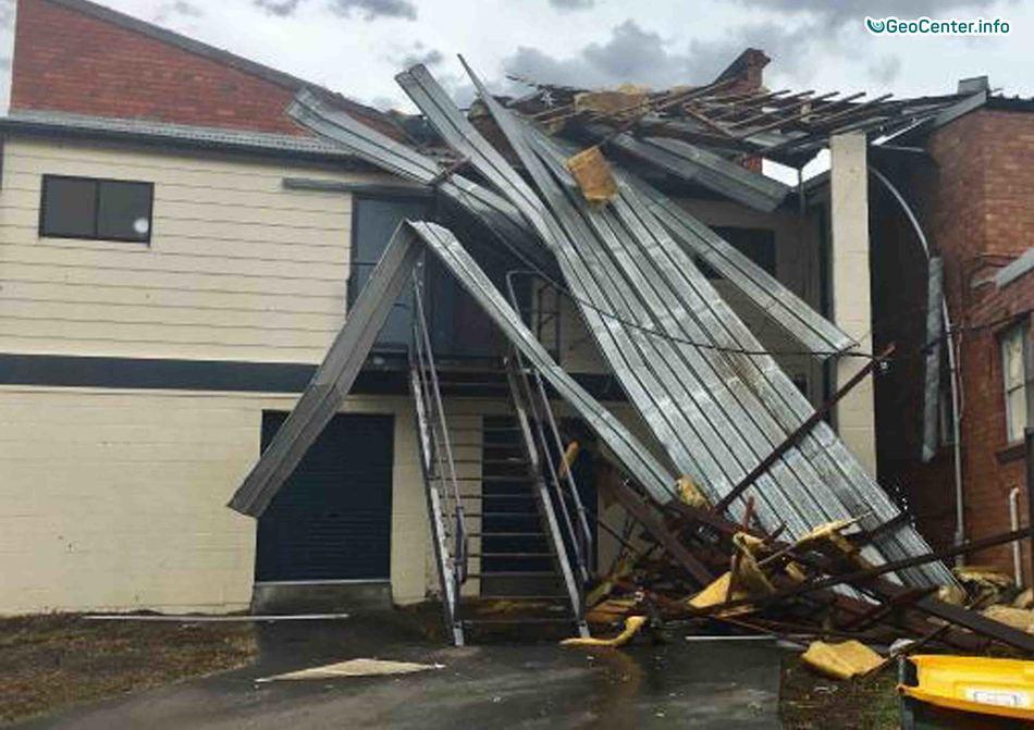 Шторм в Австралии сносил крыши зданий, ноябрь 2017