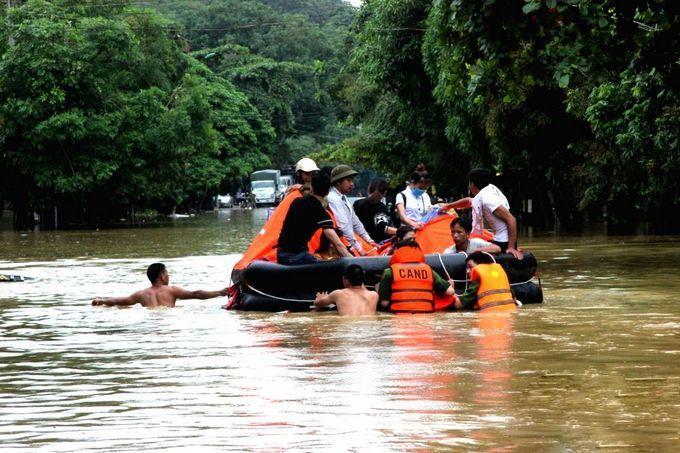 Наводнение и оползни во Вьетнаме, июнь 2018 г.