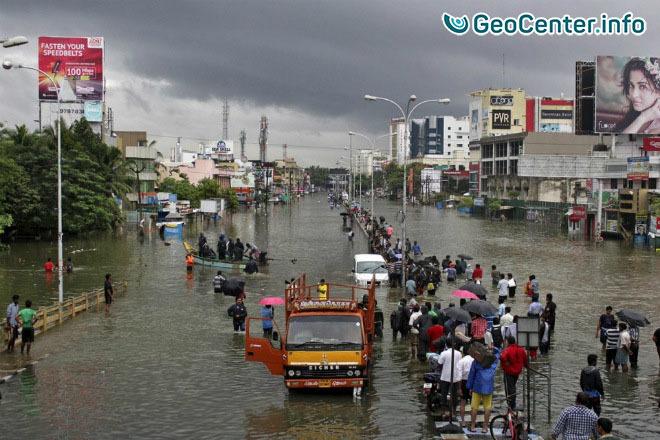 В индийском городе Дахану выпало 529 мм осадков за сутки