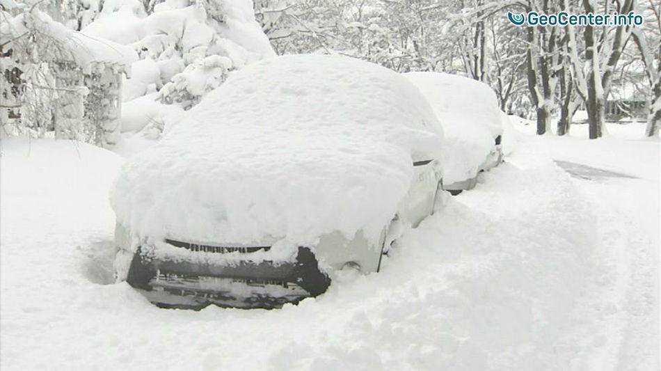 Рекордный снегопад в  городе Эри, штат Пенсильвания, США, декабрь 2017