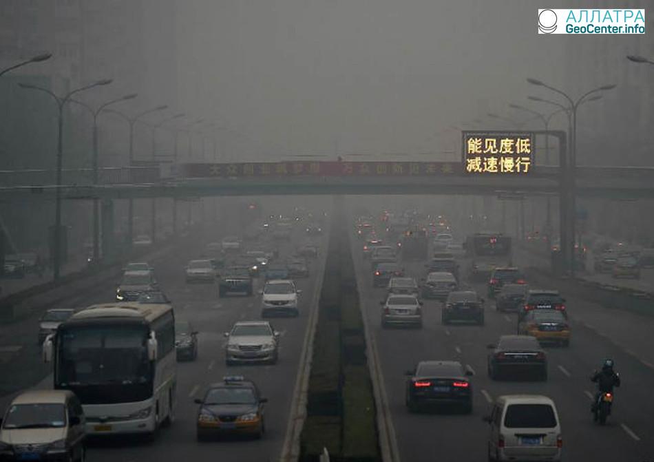 В марте в Пекине снова объявили «оранжевое» предупреждение из-за смога