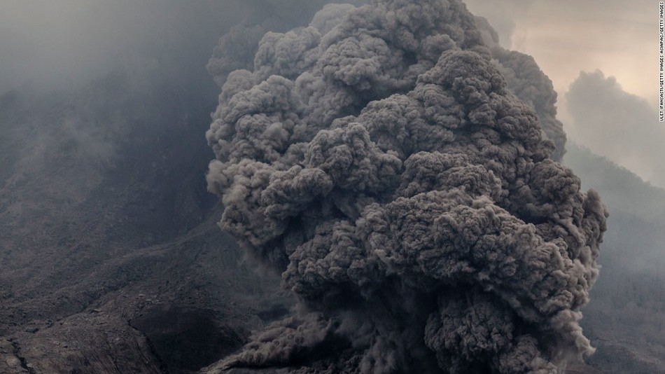 The eruption of the Sinabung volcano