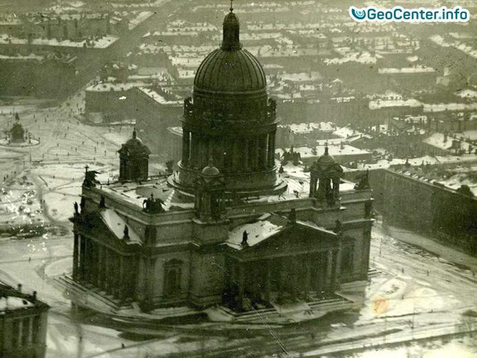 Самое разрушительное наводнение в Санкт-Петербурге 1824 года.