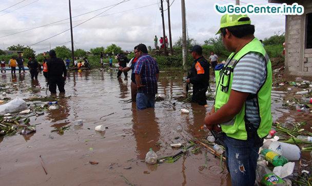 На Мексику обрушился Тропический шторм Беатриз