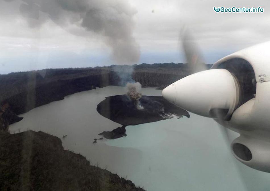 Извержение вулкана Аоба в Вануату, Меланезия, сентябрь 2017 года