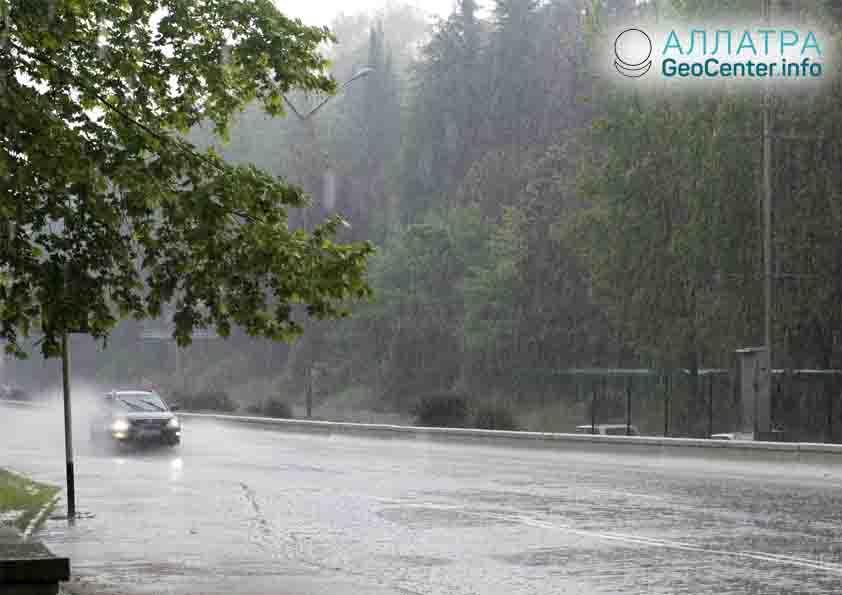 Сильные дожди в Сочи, сентябрь 2018