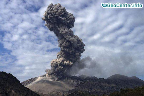 Извержение вулкана Сакурадзима в Японии, май 2017 года