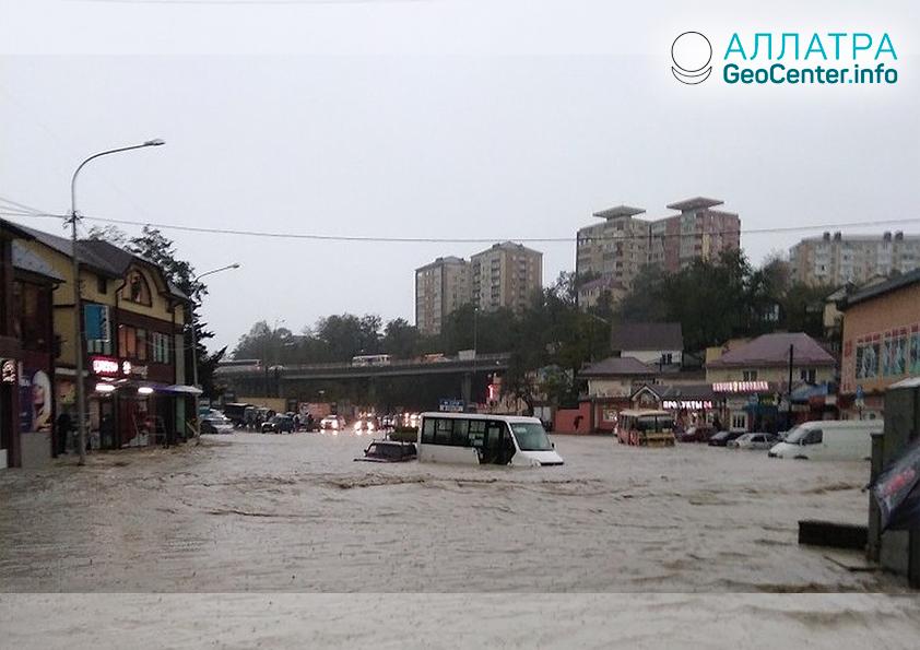 Затопления в Туапсе (Россия) 24 октября 2018 г.