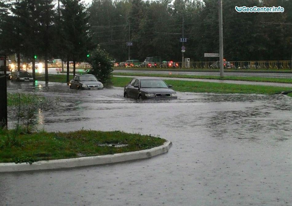 Ливни и наводнение на улицах Брянска, 5 сентября 2017 года