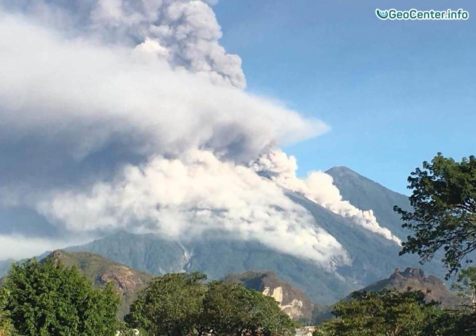 Гватемала: извержение вулкана Фуэго и наводнения, январь-февраль 2018 г.