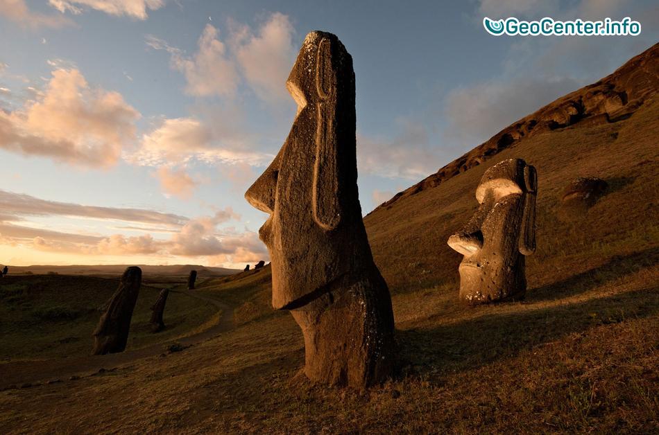 Жители острова Пасхи наблюдают редкое свечение атмосферы