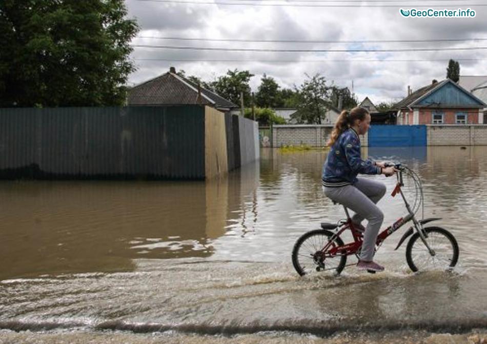 Штормовая погода в Приморье, Россия