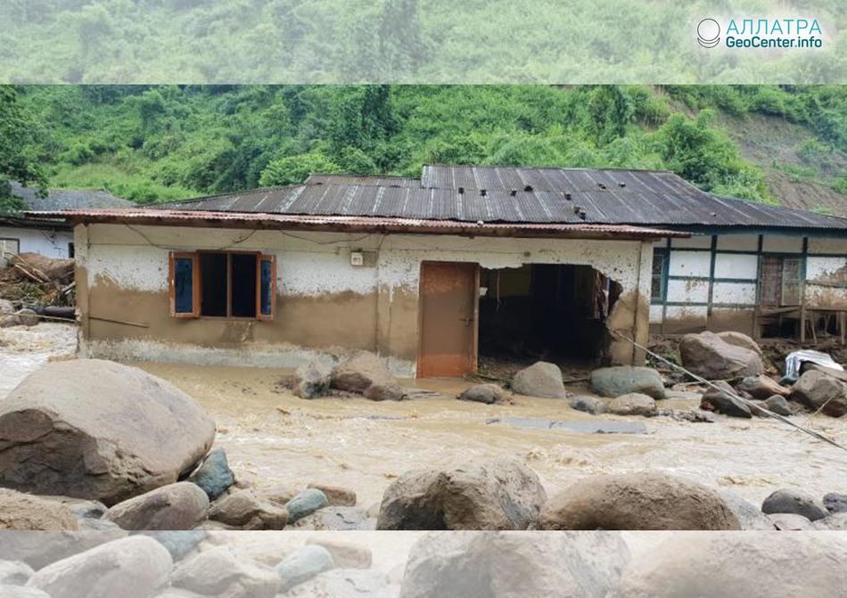 Наводнение на северо-востоке Индии, сентябрь 2018 г.