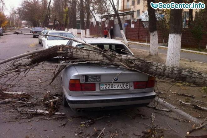 Казахстан пострадал от сильного шторма