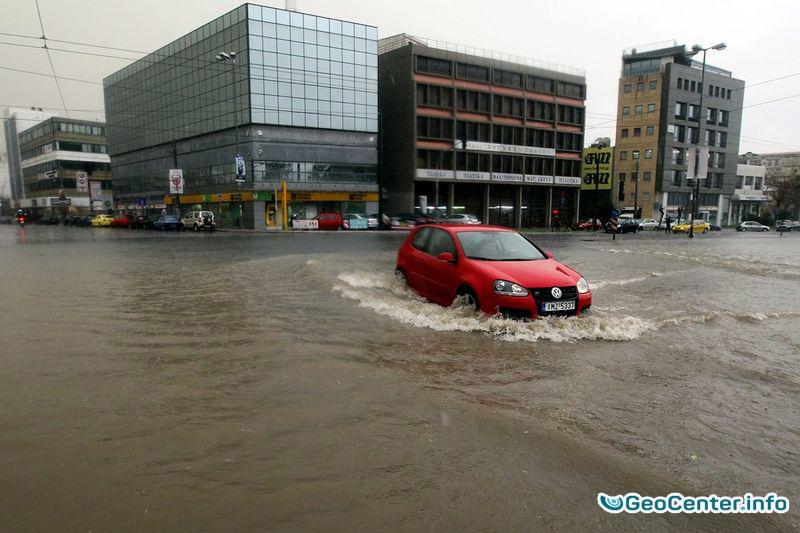 Последствия проливных дождей  7 сентября 2016 года в Греции.
