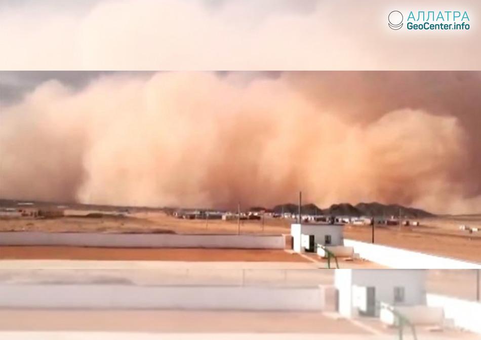 Песчаная буря на севере Китая, июнь 2018 года