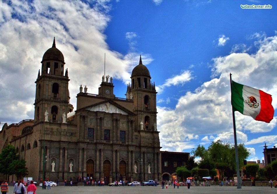 Торнадо и землетрясения в Мексике